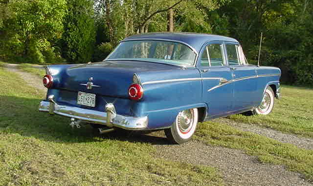 1956 Ford Customline Town Sedan – Old Time World